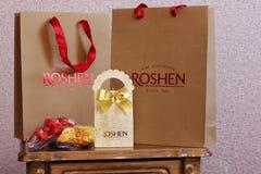 """3-ье мая 2017, Vinnitsa, Украина Конфеты Компания """"Roshen """"конфеты Подарок Упаковка Для рекламы стоковая фотография"""