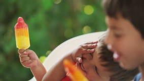 льдед еды детей cream акции видеоматериалы