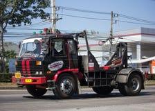 Эвакуатор Nam Jaruen для непредвиденного движения автомобиля Стоковая Фотография RF