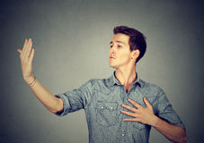 Эгоист человека заносчивой собственной личности важный вставленный вверх Стоковая Фотография RF