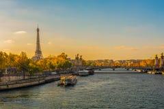 Эйфелева башня и Сена Стоковое Изображение RF