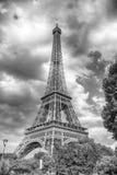 Эйфелева башня на заходе солнца в Париже, Франции HDR Романтичный ба перемещения Стоковая Фотография RF