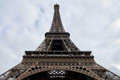 Эйфелева башня с большим планом Стоковые Фотографии RF