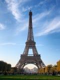 Эйфелева башня - взгляд от чемпиона de Марса Франция paris Стоковая Фотография