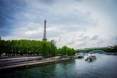 Эйфелева башня в городе Парижа Франции Стоковые Изображения RF