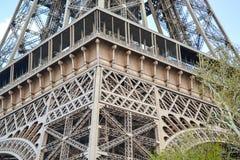 Эйфелева башня детали крупного плана в Париже Стоковые Фотографии RF