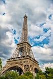 Эйфелева башня на заходе солнца в Париже, Франции HDR Романтичная предпосылка перемещения Стоковое Изображение