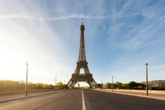 Эйфелева башня на Париже от реки Сены Стоковое Фото