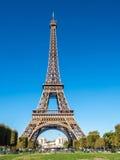 Эйфелева башня ориентир ориентир в Париже Стоковое Изображение