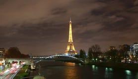 Эйфелева башня Парижа стоковое изображение rf