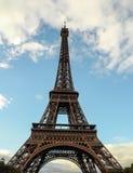 Эйфелева башня с небом Стоковые Изображения