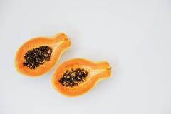 Экзотические папапайя или papaw плодоовощ изолированные на белой предпосылке Стоковые Изображения RF