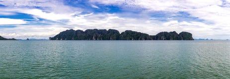 Экзотический пляж Lanta Koh, провинция Krabi, Таиланд Стоковое фото RF