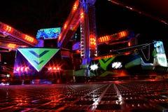 Экипажи ярмарочной площади на ноче Стоковые Изображения