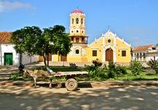 Экипаж осла, церковь Санта Барбара, Mompos Стоковые Изображения