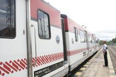 Экипаж Railbus в станциях Sukoharjo Стоковые Фотографии RF