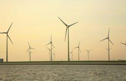 экологические ветрянки источника энергии Стоковое Изображение RF