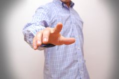 Экран бизнесмена касающий цифровой с пальцем Стоковые Фотографии RF