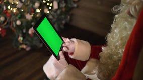 Экран зеленого цвета пусковой площадки Санта Клауса цифров видеоматериал