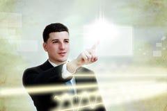 экран человека кнопки дела выбирая детенышей касания стоковое изображение