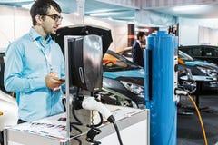 Экспонаты на выставке предназначенной к технологиям соединяются Стоковые Изображения RF