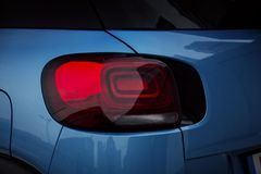 Экстерьер автомобиля: Лампа заднего света СИД стоковая фотография