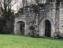 Экстерьер замка Spofforth в Йоркшире, Англии Великобритании стоковые изображения rf
