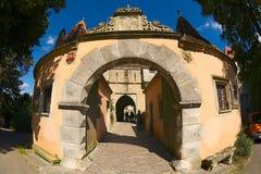 Экстерьер западного строба замка в средневековом городке der Tauber ob Rothengurg, Германии Стоковое Фото