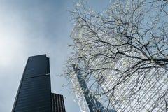 Экстерьер офисных зданий в Гонконге стоковая фотография