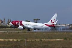 Экстренныйый выпуск красит TUI Германии 737 стоковая фотография