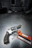 экстренныйый выпуск револьвера 38 личных огнестрельных оружий Стоковые Изображения RF