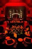 Элегантная зала банкета для свадебного банкета стоковые фото