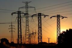 электрическая высокая линия напряжение тока силы Стоковое Фото