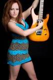 электрическая гитара девушки стоковые фотографии rf