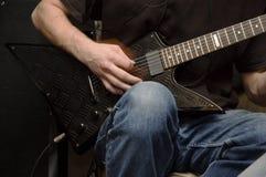 электрическая гитара стоковые фотографии rf