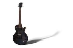 электрическая изолированная гитара Стоковые Фотографии RF