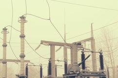 Электрическая подстанция высокого напряжения с элементами изолируя структур Стоковые Фотографии RF