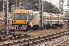 электрический пассажирский поезд Стоковая Фотография RF