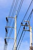 Электрический поляк 2 и голубое небо стоковые изображения