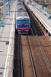 электрический проходя поезд Стоковые Фото