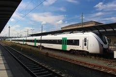 Электрический скорый поезд Стоковая Фотография