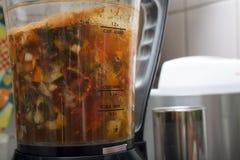 Электрический суп-варя blender в варить кухни Стоковые Фото