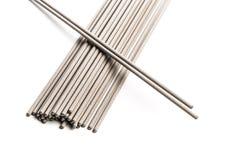 Электроды для сваривать изолированные на белой предпосылке Аксессуары сварщика стоковое изображение rf