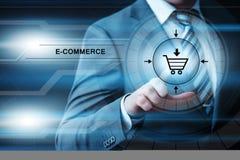 Электронная коммерция добавляет к концепции интернета технологии дела покупок тележки онлайн Стоковая Фотография