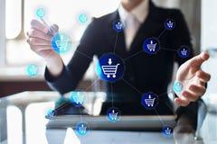 Электронная коммерция, онлайн покупки, концепция дела интернета на виртуальном экране стоковое фото
