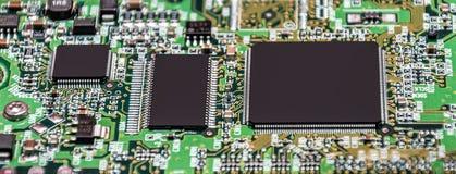 Электронные пути на жестком диске Микропроцессор стоковое фото