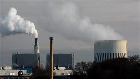 Электростанция Reuter в Берлине Spandau, Германии сток-видео