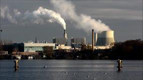 Электростанция Reuter в Берлине Spandau, Германии видеоматериал