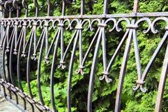 Элементы загородки металла, florid выкованные продукты стоковые фото