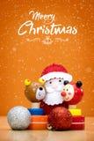 Элементы, игрушки и подарочные коробки украшения рождества Стоковое Фото